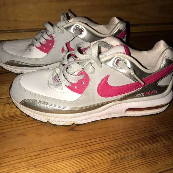 Nike air max 2010 white, pink, and silver size 7